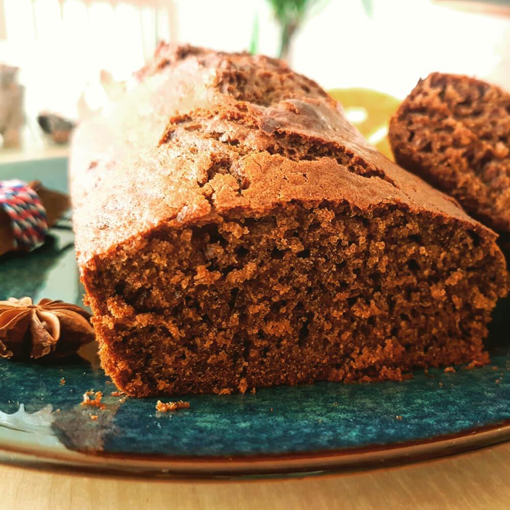 Pain d'épices bio et léger au chocolat noir