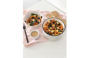 Salade automnale au quinoa et sauce cacahuète